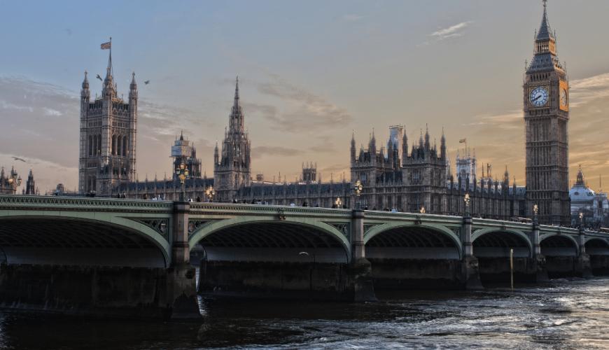 Reino Unido: Nuevas restricciones para viajar